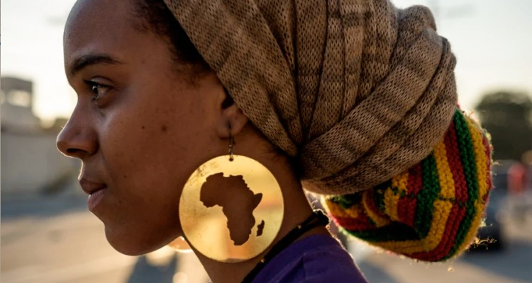 1_Africans-tweeting-beautiful-images-750x400
